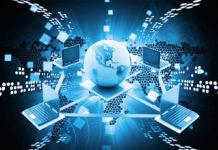 Có nên theo học ngành công nghệ thông tin không? Cần có tố chất gì?