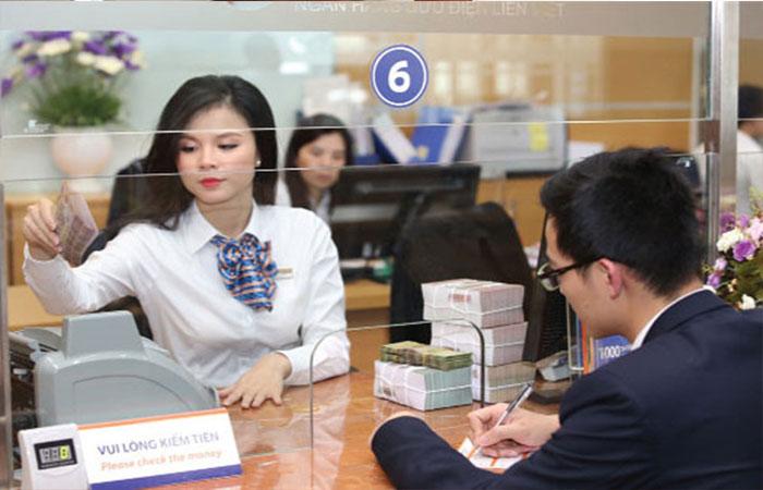 Học ngành tài chính ngân hàng ra trường làm công việc gì?