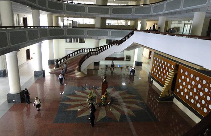 Thư viện Tạ Quang Bửu đỉnh cao