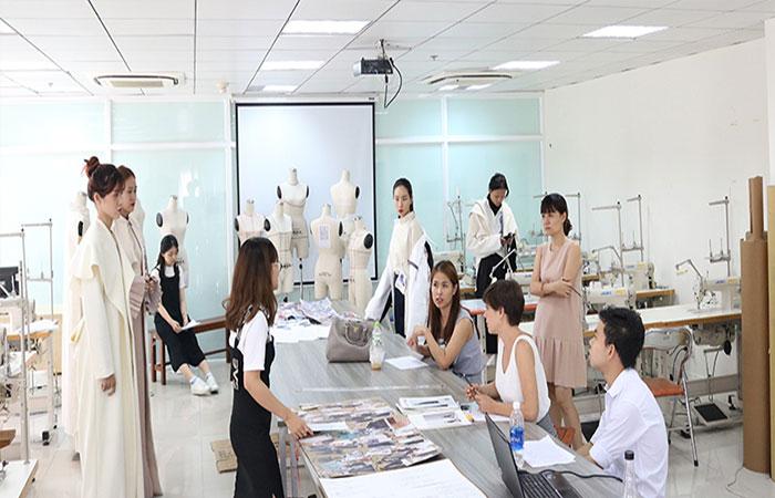 Học ngành Thiết kế thời trang ra trường làm gì?