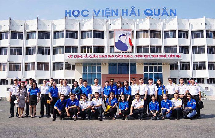Học viện Hải quân
