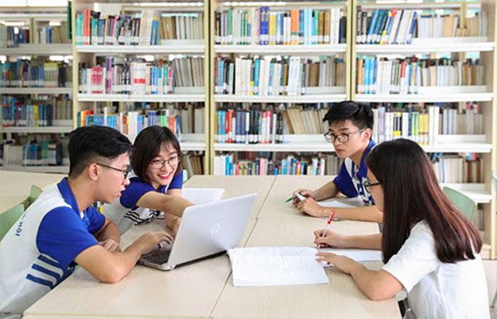Sinh viên sư phạm Hà Nội ra trường làm gì?