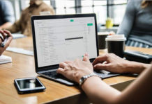 Những công việc làm online hái ra tiền