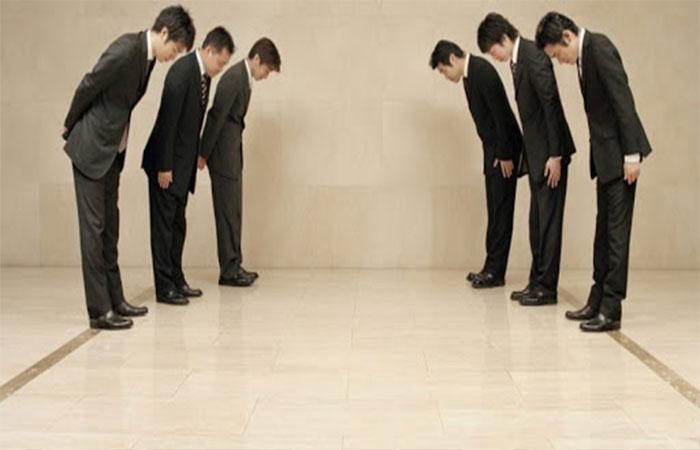 Vị trí và khoảng cách trong giao tiếp