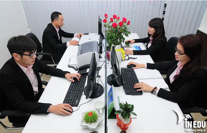 Học ngành gì ra làm nghề văn phòng?
