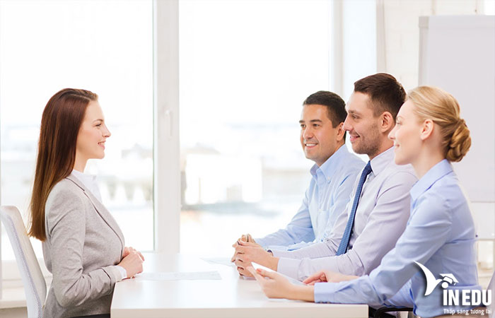 Vì sao có ngoại hình là có lợi thế trong công việc?