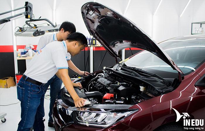 Học ngành Công nghệ Kỹ thuật ô tô ra trường làm gì?