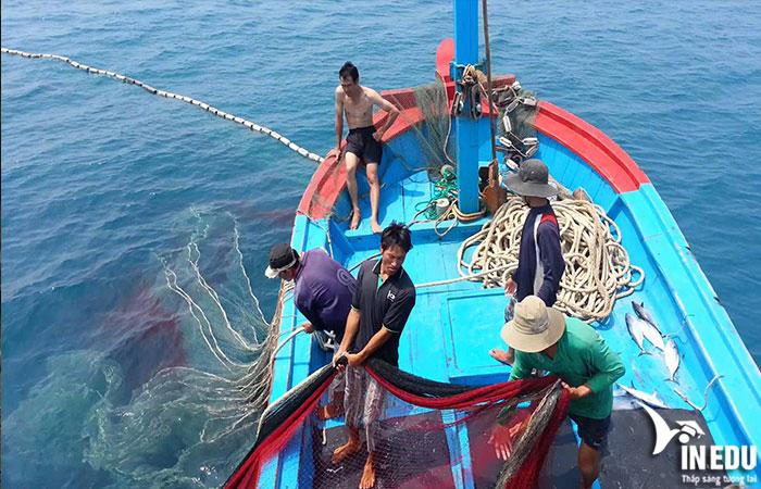 Ngư dân vùng biển sâu