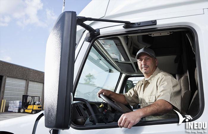 Tài xế xe tải
